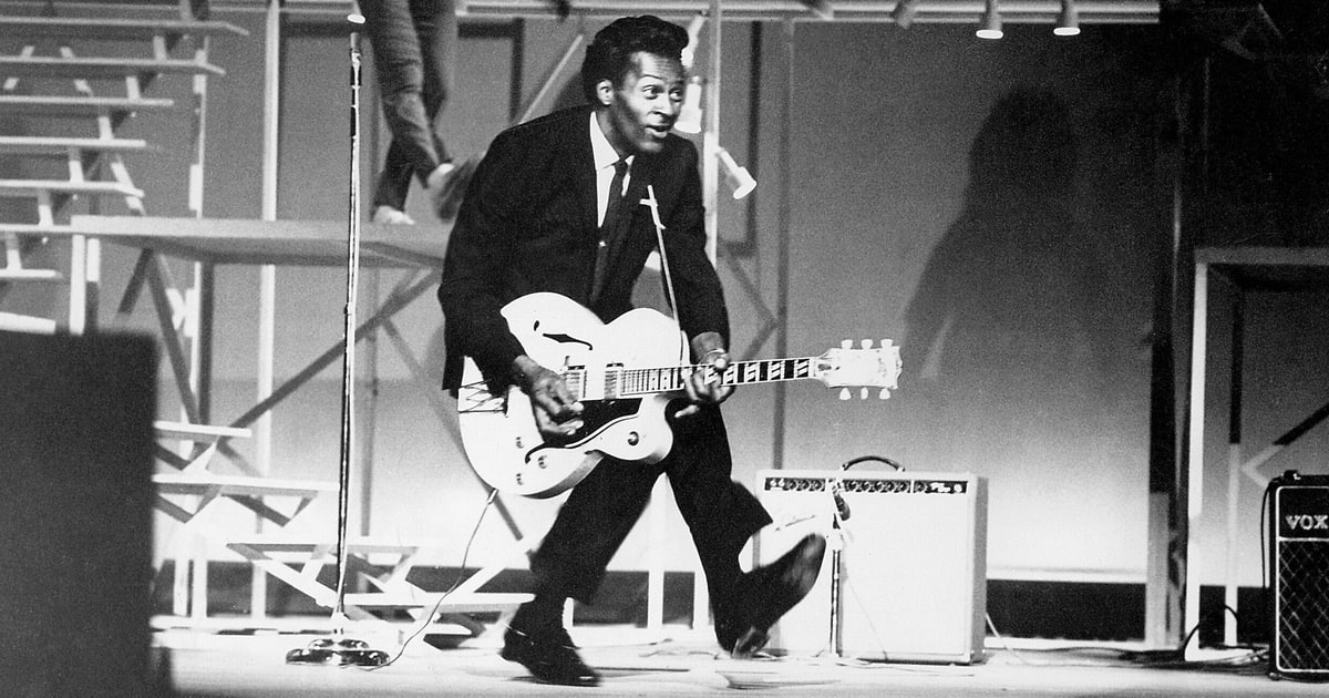 Legendary Rock 'N' Roll Pioneer Chuck Berry Dies At Age 90