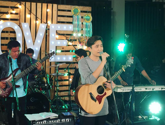 Kaye Cal Heats it Up on One Music Live Summer Jam