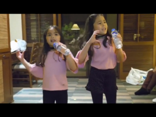 WATCH: Kendra and Scarlet Kramer sing a K-Pop song