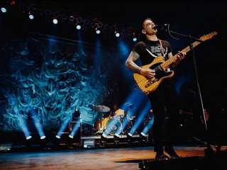 Dashboard Confessional has a new single